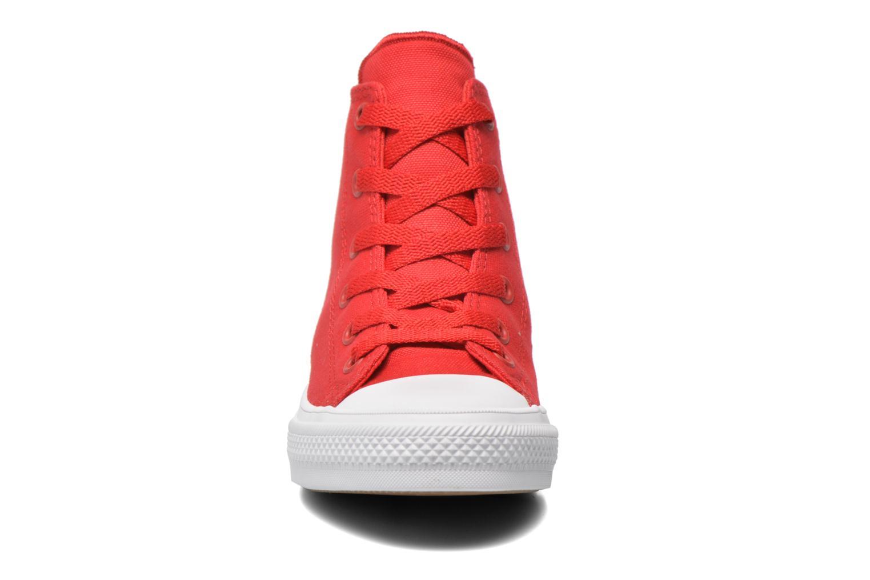 Sneaker Converse Chuck Taylor All Star II Hi rot schuhe getragen