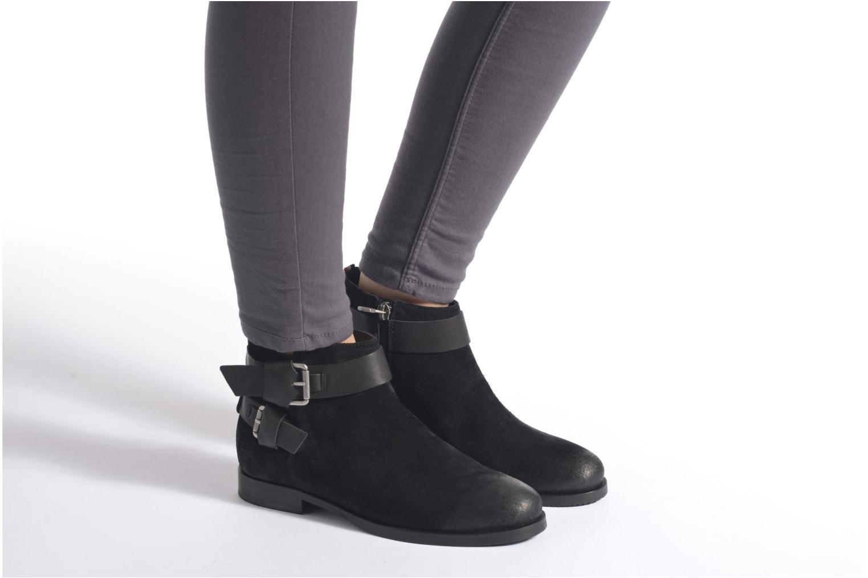 Stiefeletten & Boots Tommy Hilfiger GENNY 10C schwarz ansicht von unten / tasche getragen