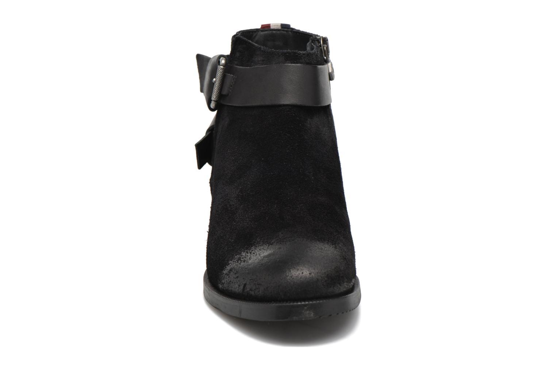 Stiefeletten & Boots Tommy Hilfiger GENNY 10C schwarz schuhe getragen