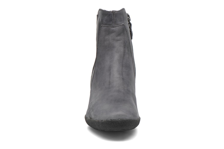 Bottines et boots Geox D AMELIA ST B D6479B Gris vue portées chaussures