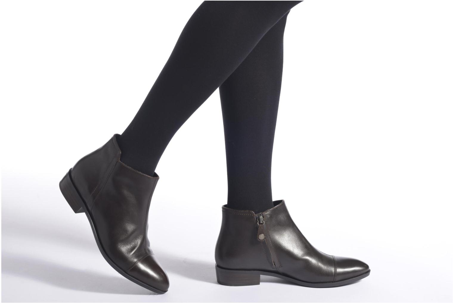 Ankle boots Geox D LOVER B D640CB Brown view from underneath / model view