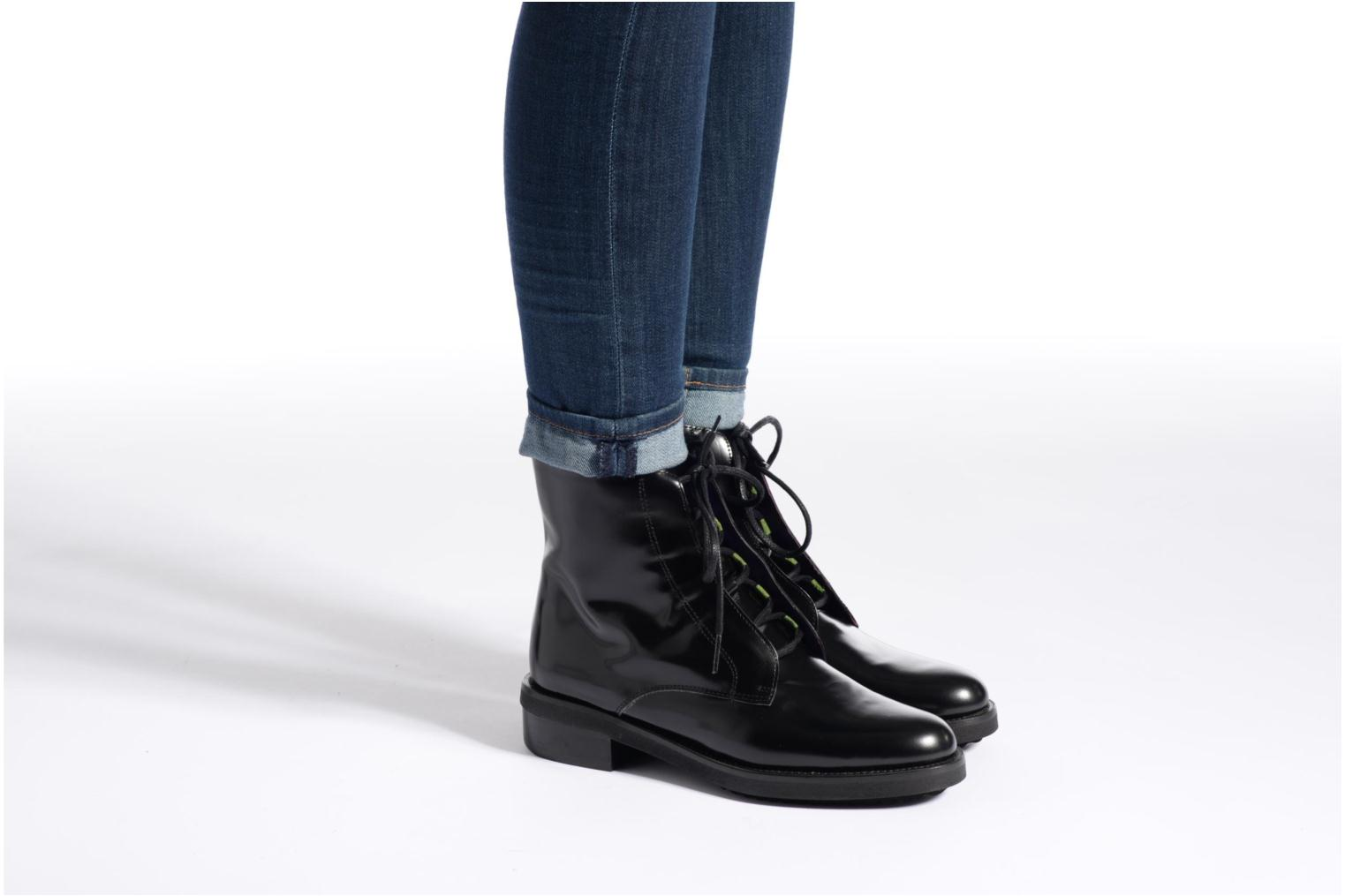 Ankle boots Anaki Jo Blue view from underneath / model view