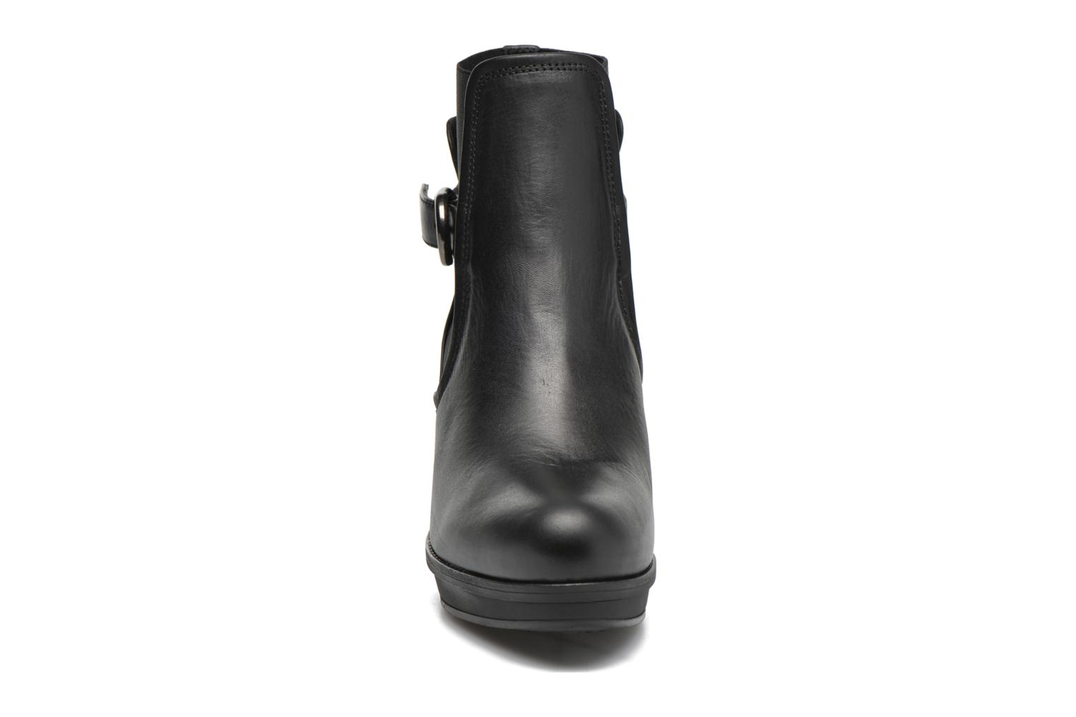 Ankle boots Unisa Machu Black model view