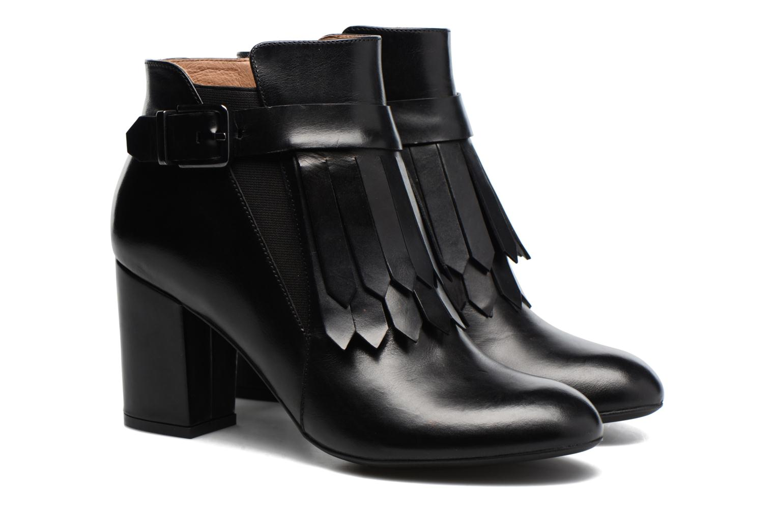 Ankle boots Made by SARENZA Queens Cross #3 Black back view