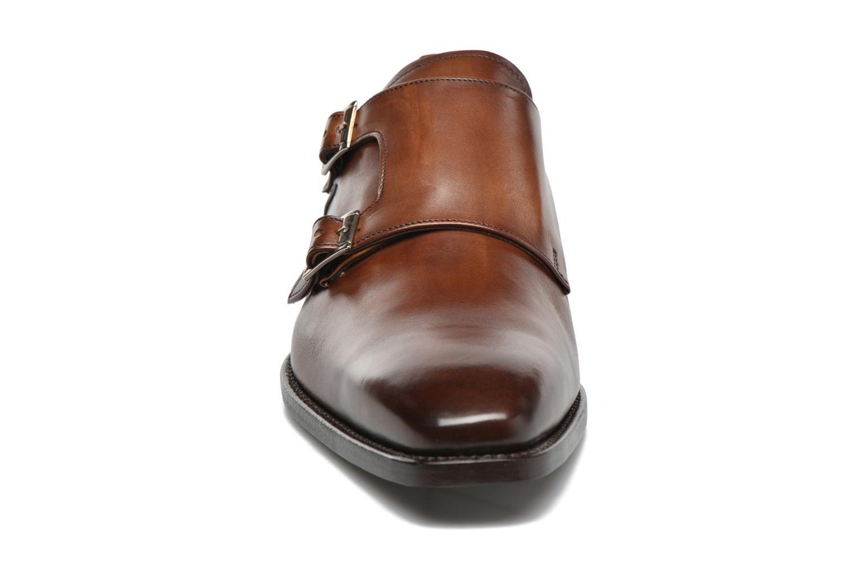 Mocassins Marvin&Co Luxe Witruck - Cousu Goodyear Marron vue portées chaussures