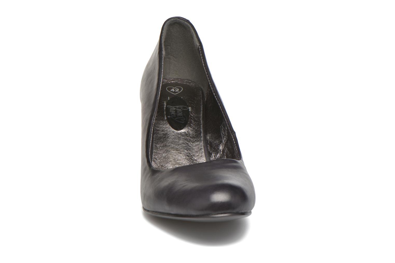 High heels I Love Shoes Thadi Size + Black model view