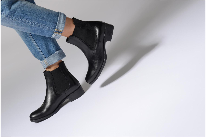 Bottines et boots Georgia Rose Abea Marron vue bas / vue portée sac
