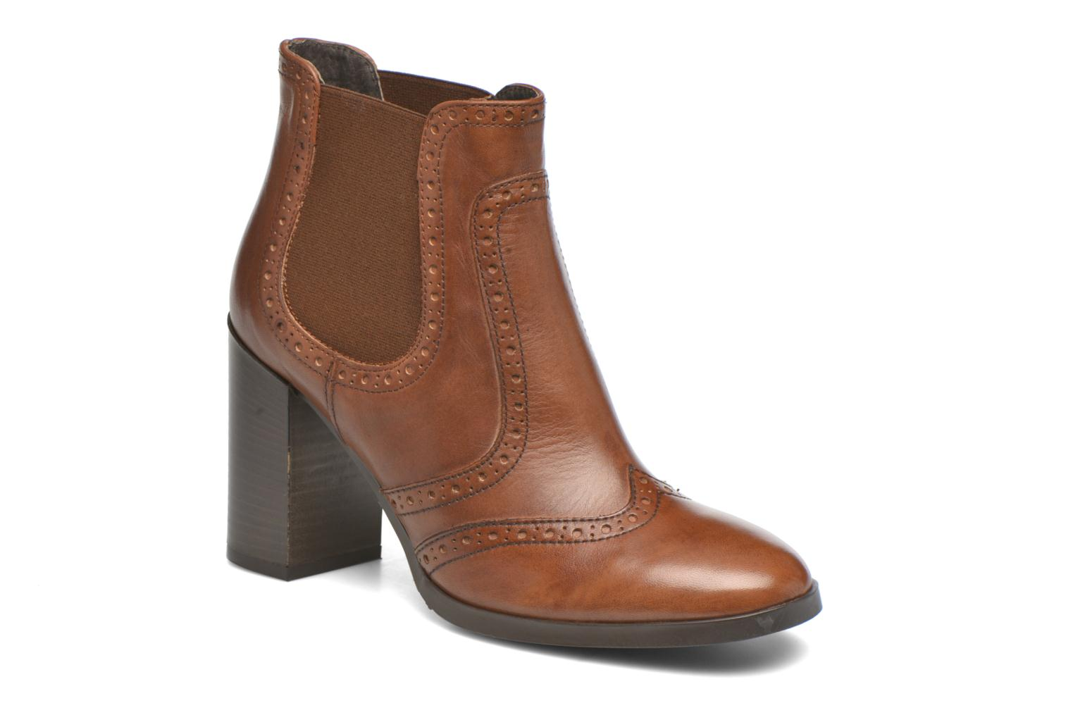 Ankle boots Georgia Rose Aberfo Brown detailed view/ Pair view