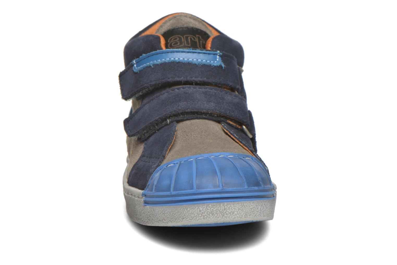 Sneaker Art A061 Split blau schuhe getragen