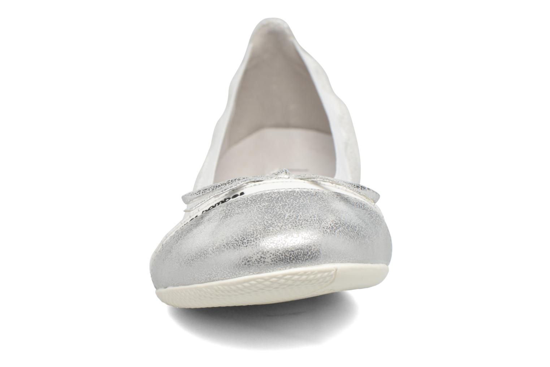 Ballerinas Les P'tites Bombes Caprice silber schuhe getragen