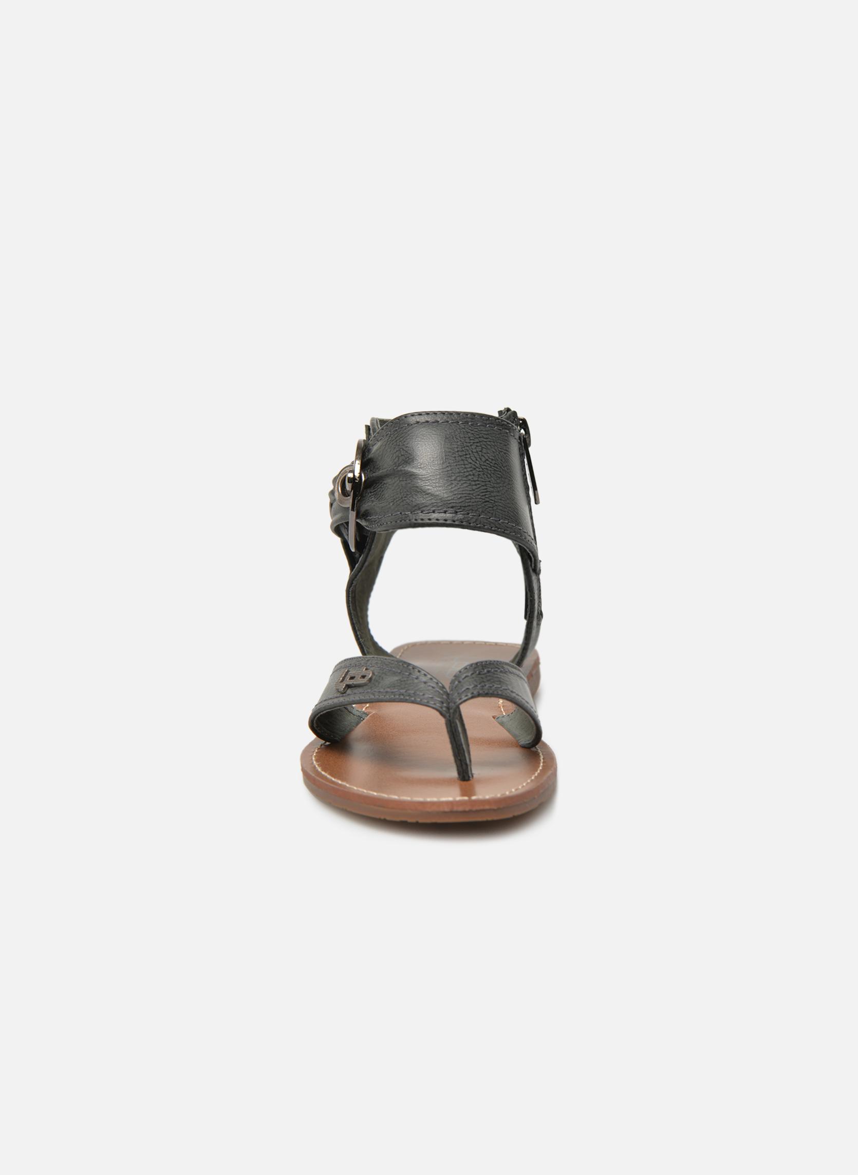 Sandalen Les P'tites Bombes Thalie schwarz schuhe getragen