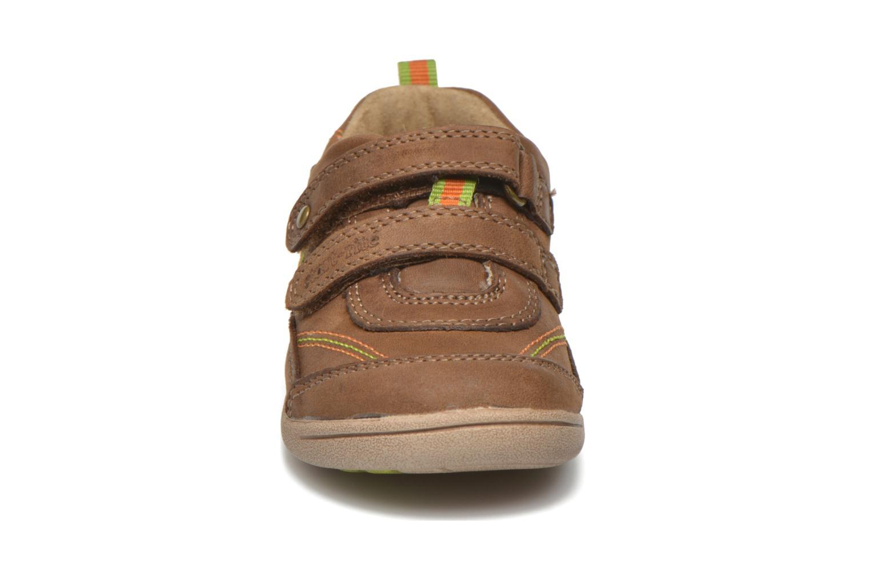 Chaussures à scratch Start Rite Leo Marron vue portées chaussures
