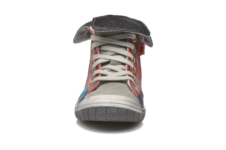 Baskets Babybotte Artigraff Gris vue portées chaussures
