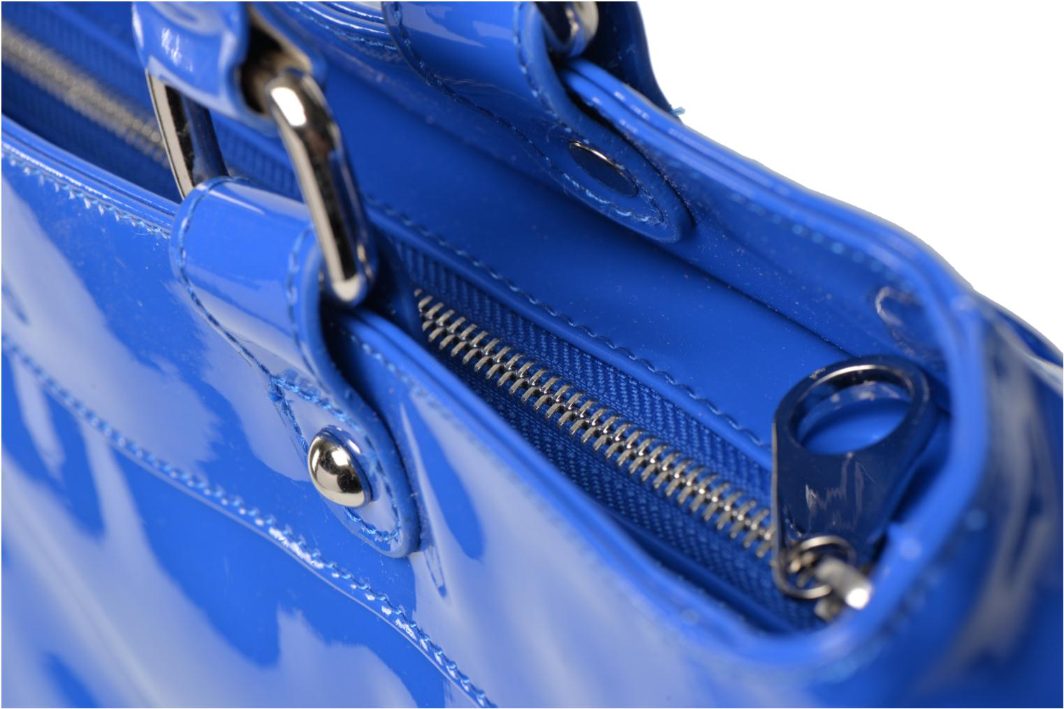 Handbags Les P'tites Bombes Sac Vernis Blue view from the left