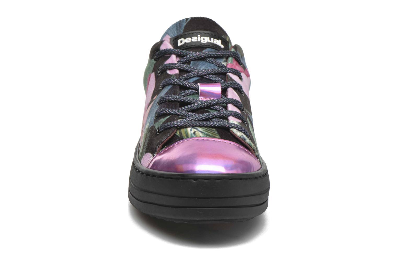 Sneakers Desigual Funky Multicolore modello indossato