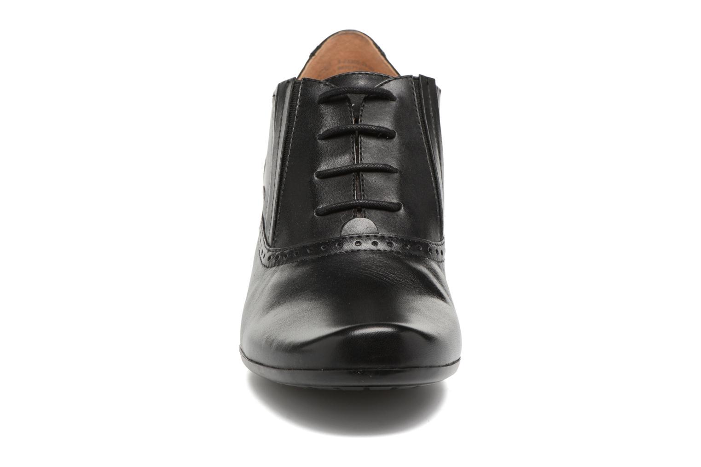 Chaussures à lacets Caprice Shante Lace boot Noir vue portées chaussures