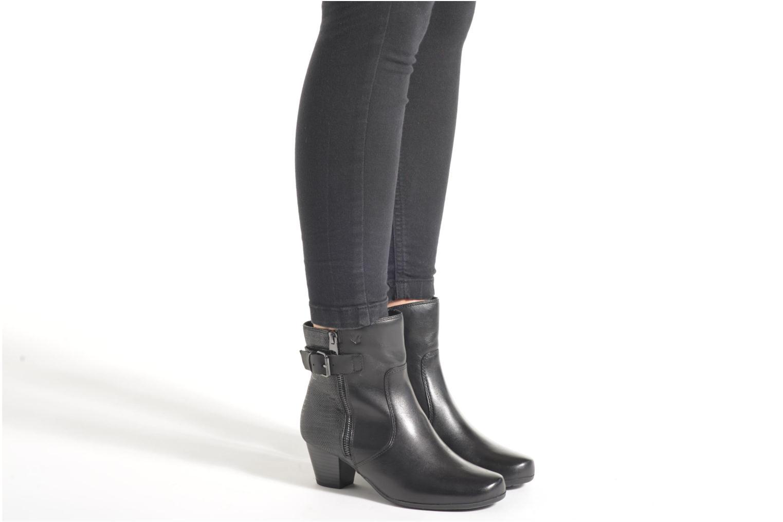 Bottines et boots Caprice Dora Bootie Noir vue bas / vue portée sac