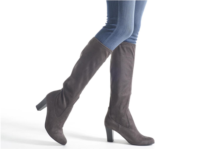 Britt Sleek Grey
