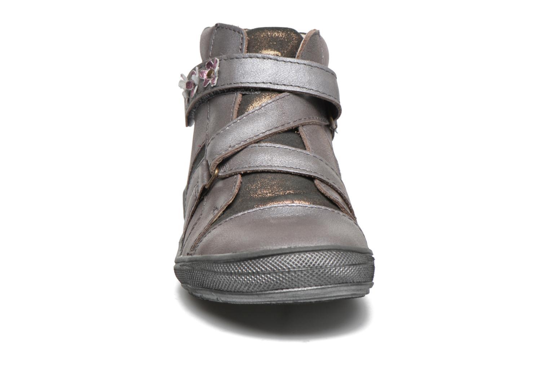 Sneaker GBB Nicoleta gold/bronze schuhe getragen