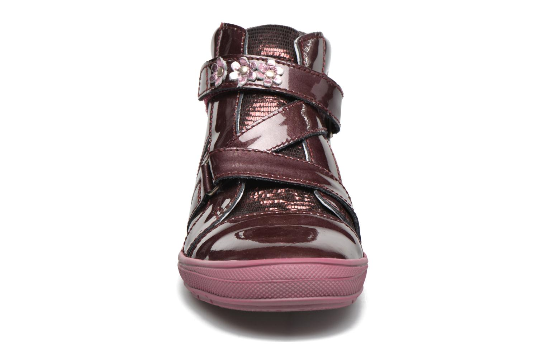 Baskets GBB Nicoleta Rouge vue portées chaussures