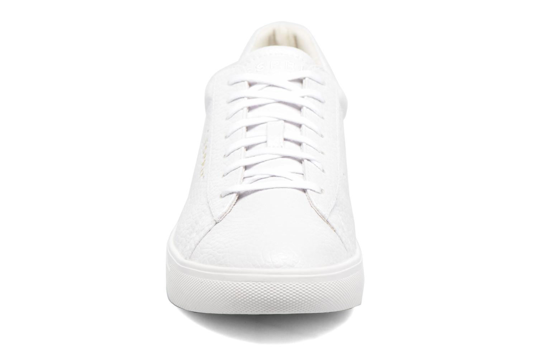 Baskets Esprit Lizette Lace Up Blanc vue portées chaussures
