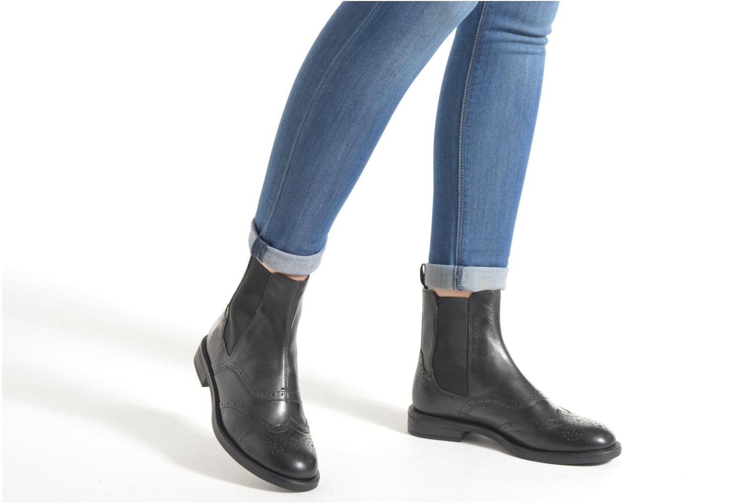 Ankle boots Vagabond Shoemakers AMINA 4203-001 Brown view from underneath / model view