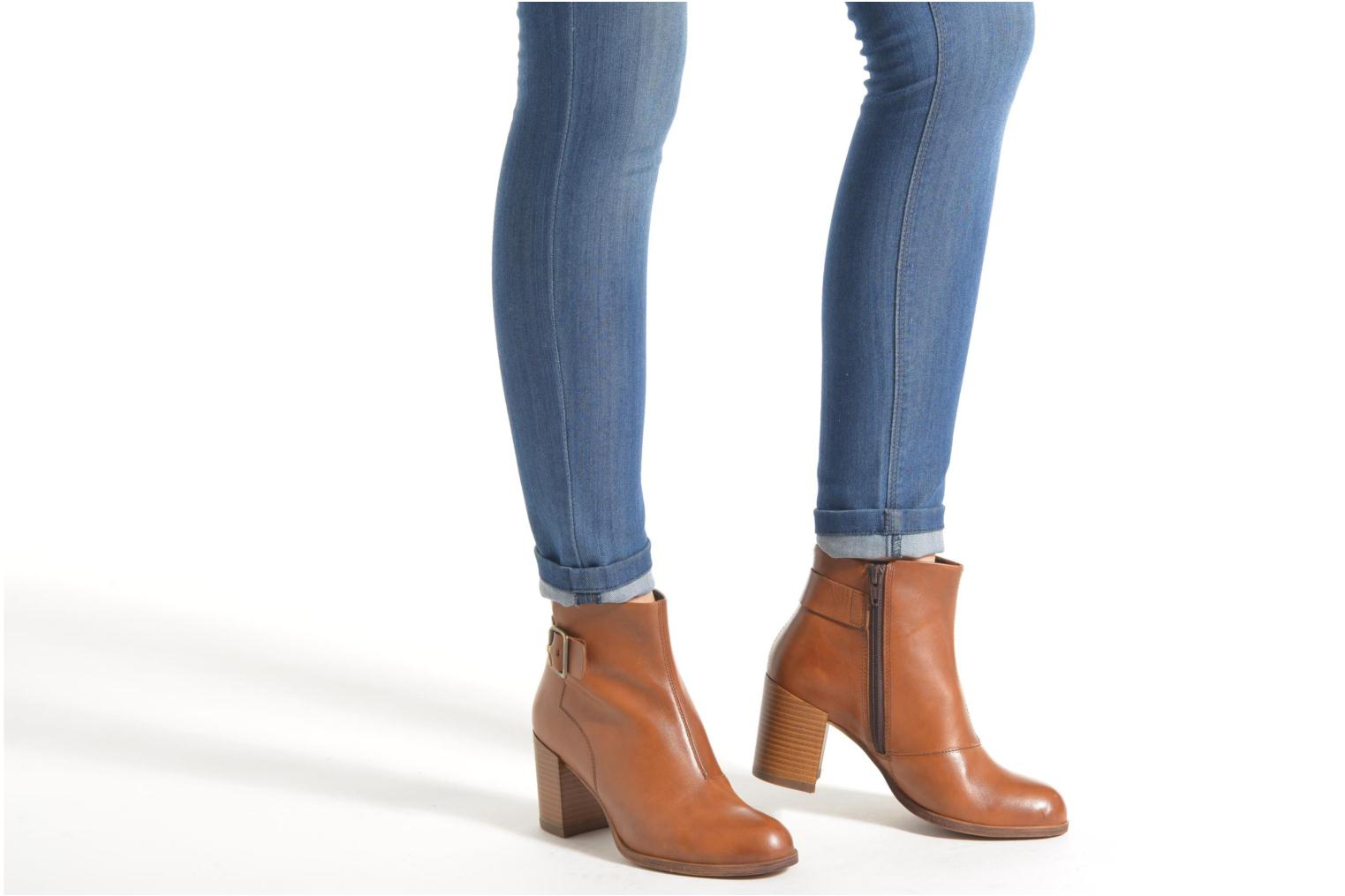 Ankle boots Vagabond ANNA 4221-101 Brown view from underneath / model view