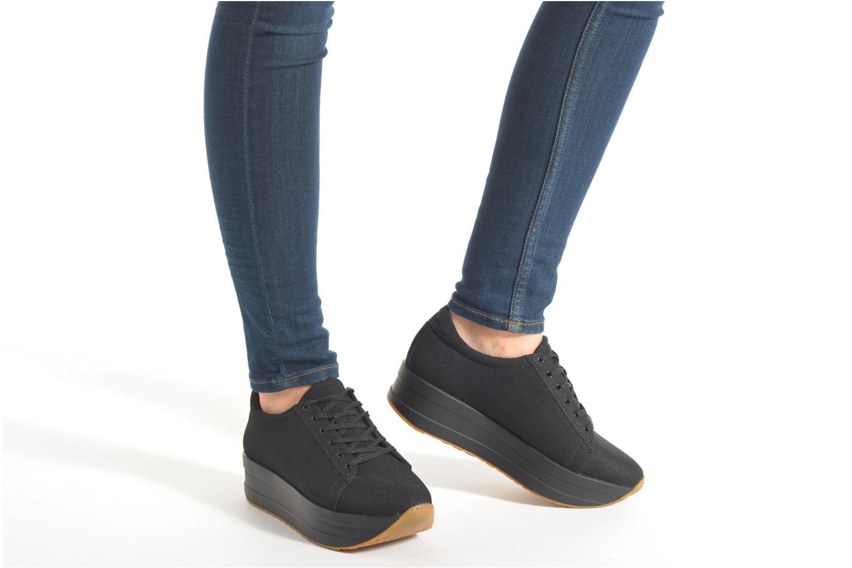 Sneaker Vagabond Shoemakers CASEY 4222-080 schwarz ansicht von unten / tasche getragen