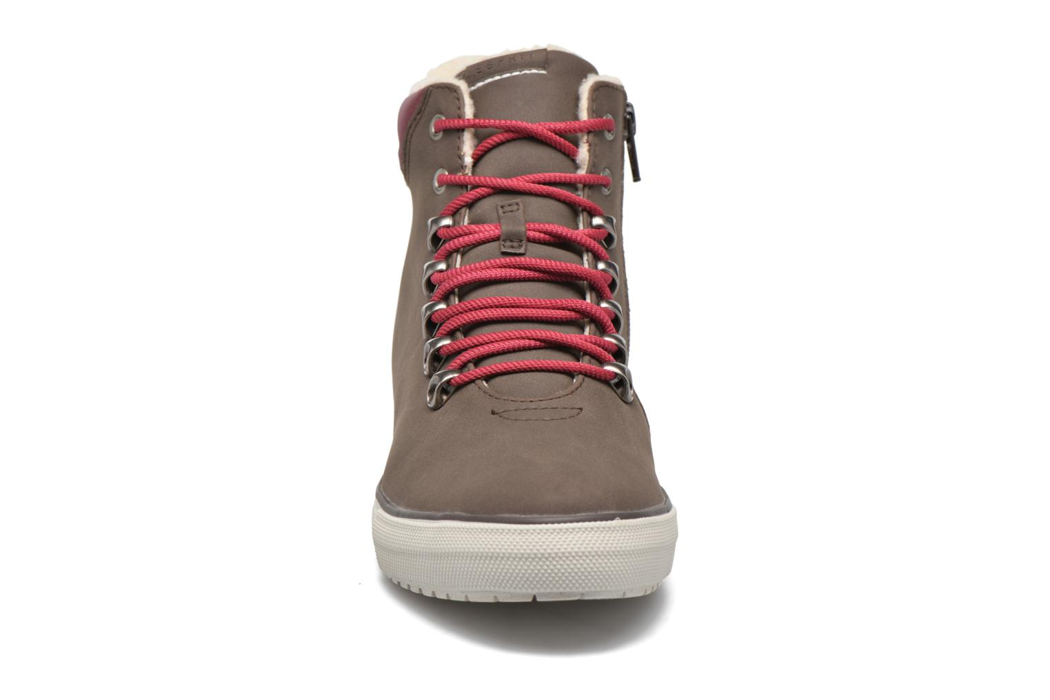Trainers Esprit Mika Bootie Brown model view