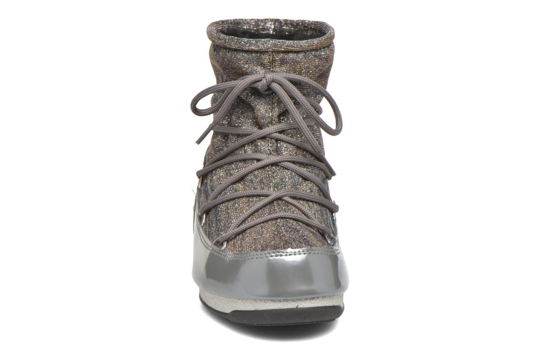 Chaussures de sport Moon Boot Low Lurex Gris vue portées chaussures
