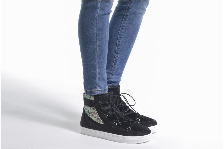 Chaussures de sport Moon Boot Vega Snake Noir vue bas / vue portée sac