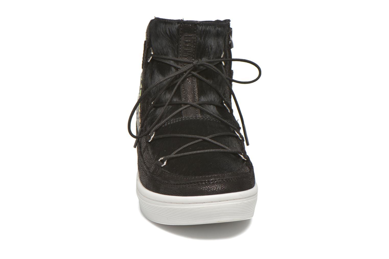 Chaussures de sport Moon Boot Vega Snake Noir vue portées chaussures