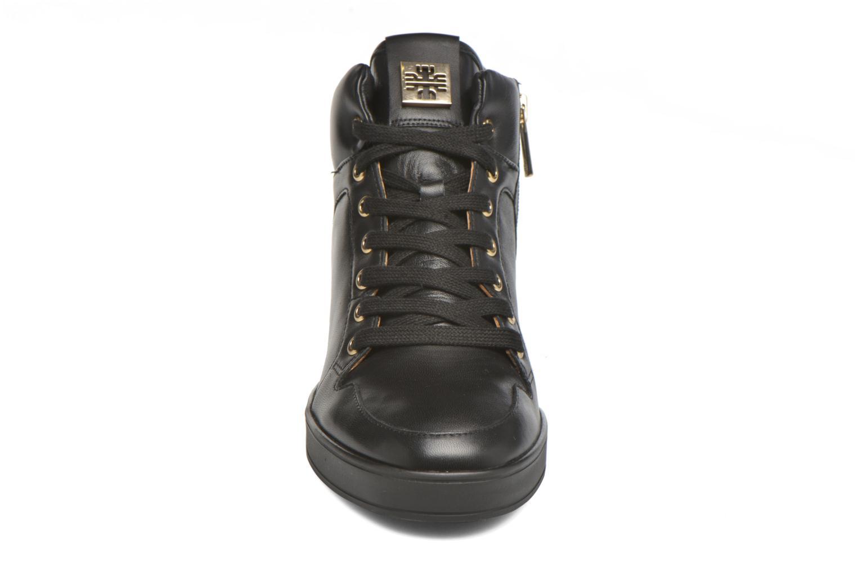 Baskets HÖGL Jane Noir vue portées chaussures
