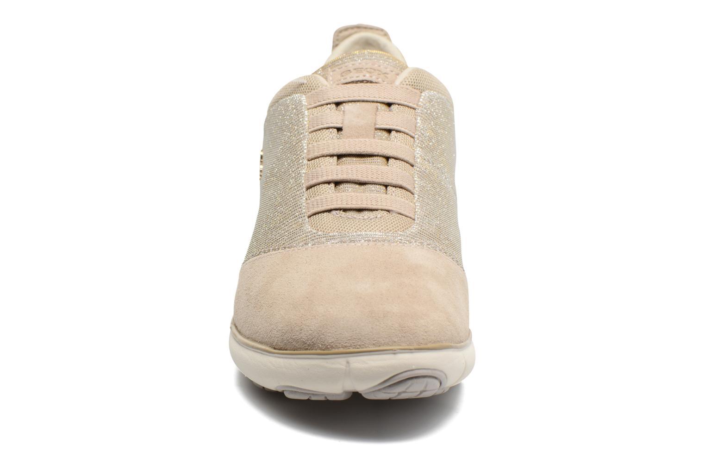 Baskets Geox D NEBULA G D641EG Beige vue portées chaussures