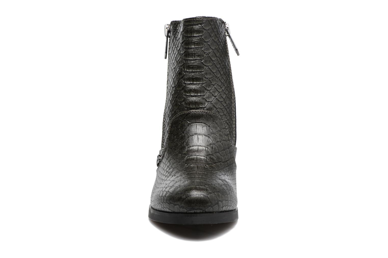 Bottines et boots Les P'tites Bombes Baltimore Gris vue portées chaussures