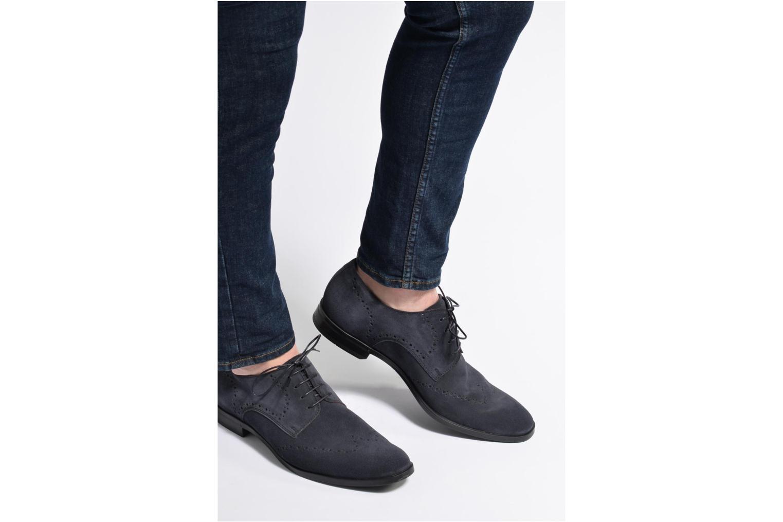 Chaussures à lacets Marvin&Co Nottingham Noir vue bas / vue portée sac