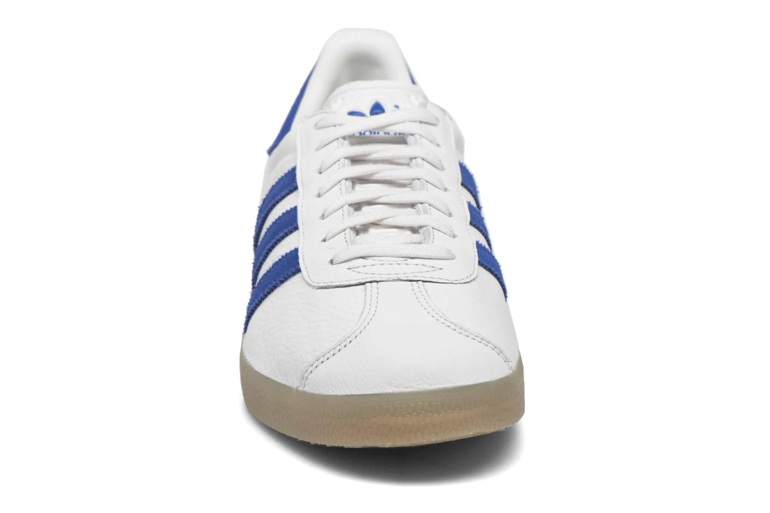 Sneakers Adidas Originals Gazelle Wit model