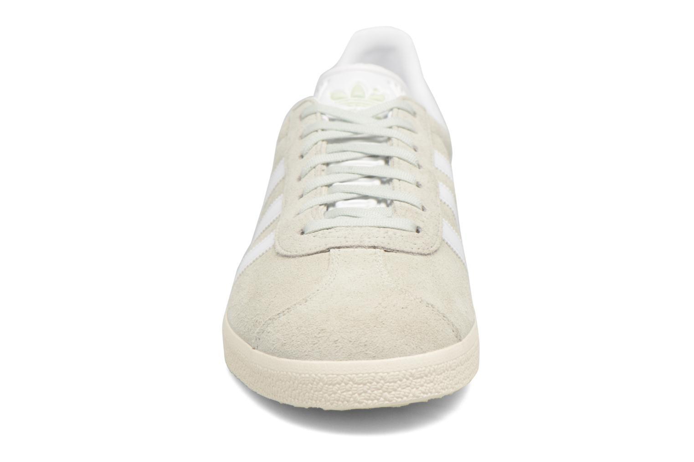 Sneaker Adidas Originals Gazelle grün schuhe getragen