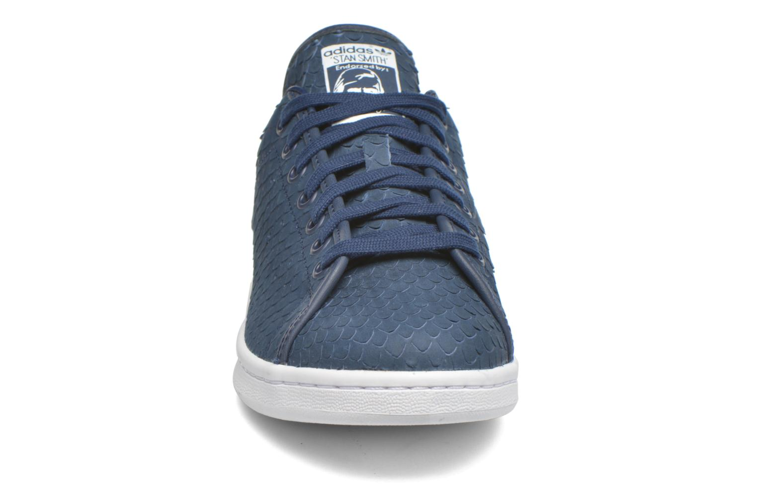 Baskets Adidas Originals Stan Smith Decon Bleu vue portées chaussures