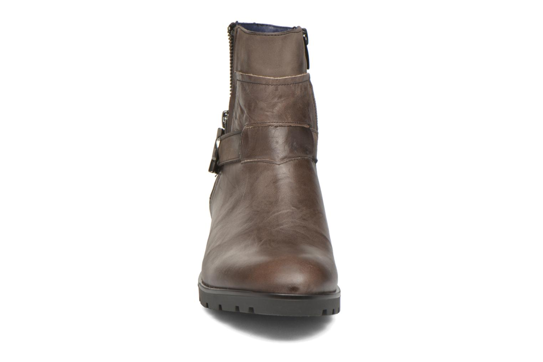 Bottines et boots Dorking Nala 6961 Marron vue portées chaussures