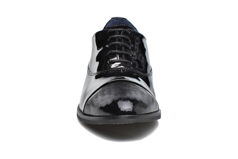 Chaussures à lacets Dorking Raquel 6891 Noir vue portées chaussures