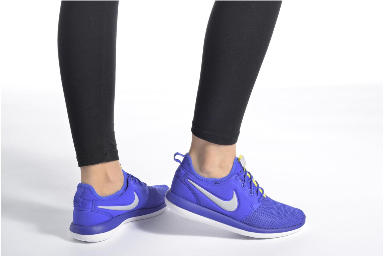 Baskets Nike Nike Roshe Two (Gs) Violet vue bas / vue portée sac