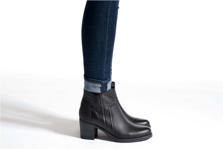 Bottines et boots Tamaris Justicia Noir vue bas / vue portée sac