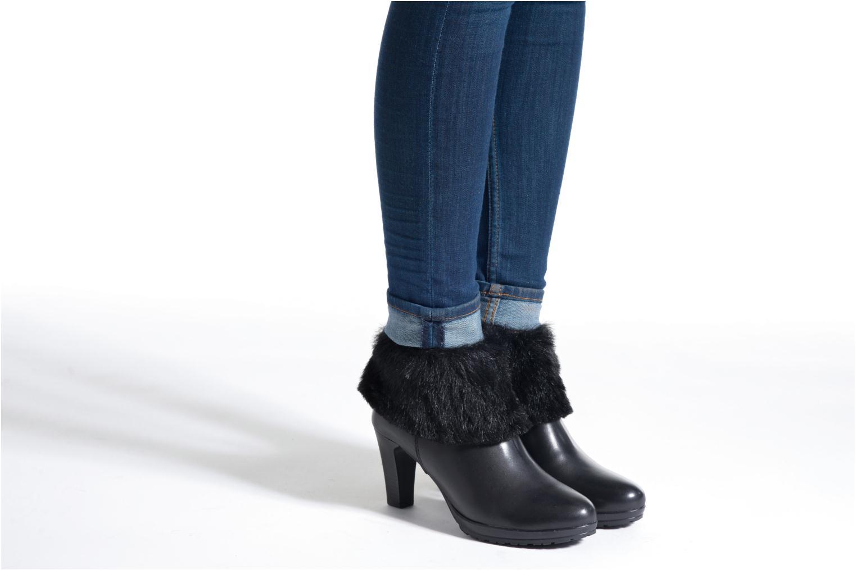 Bottines et boots Tamaris Moraea Noir vue bas / vue portée sac