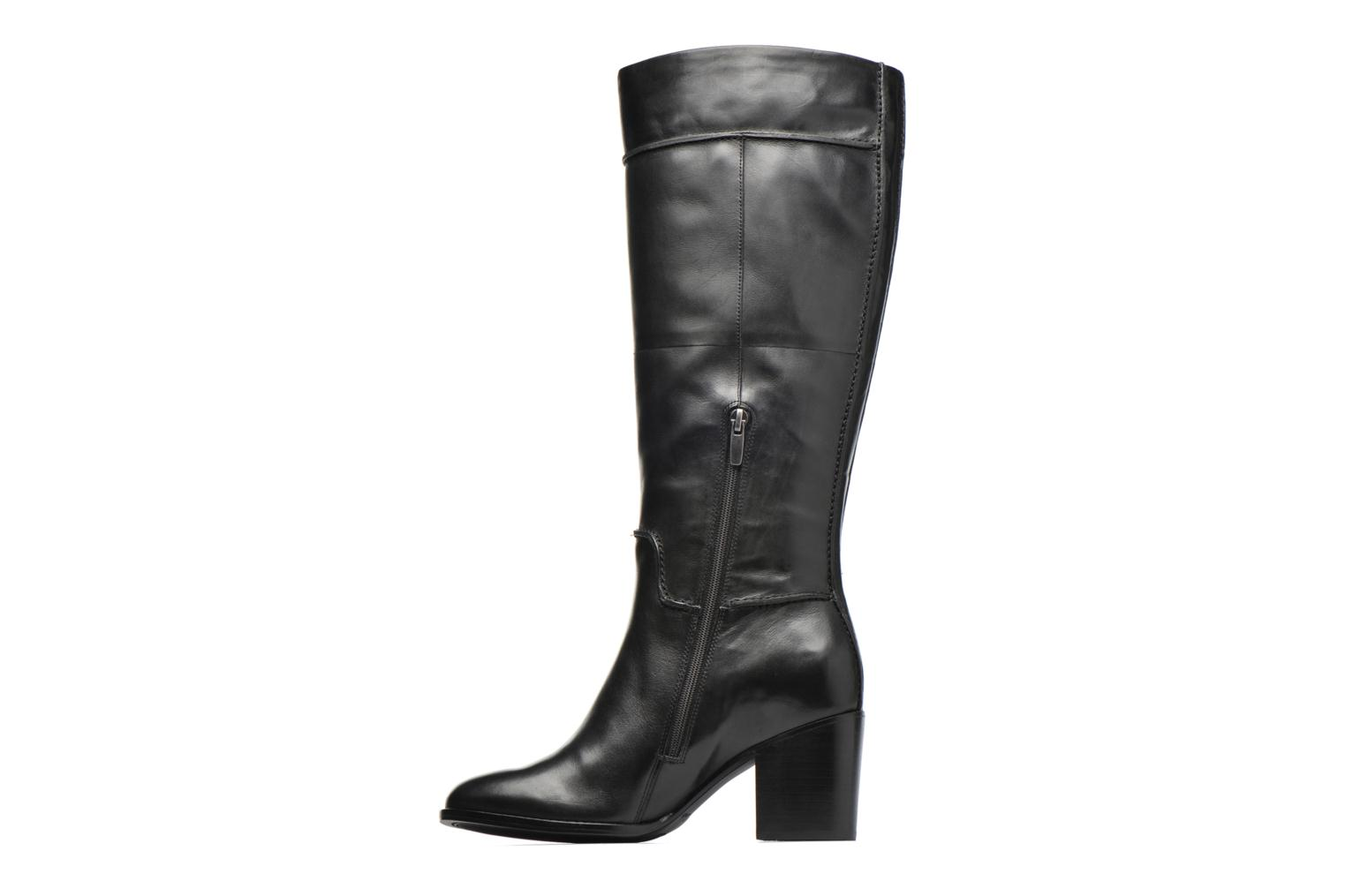 Othea Rose Black leather