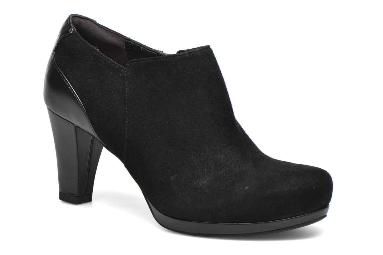 Bottines et boots Clarks Chorus True Noir vue détail/paire