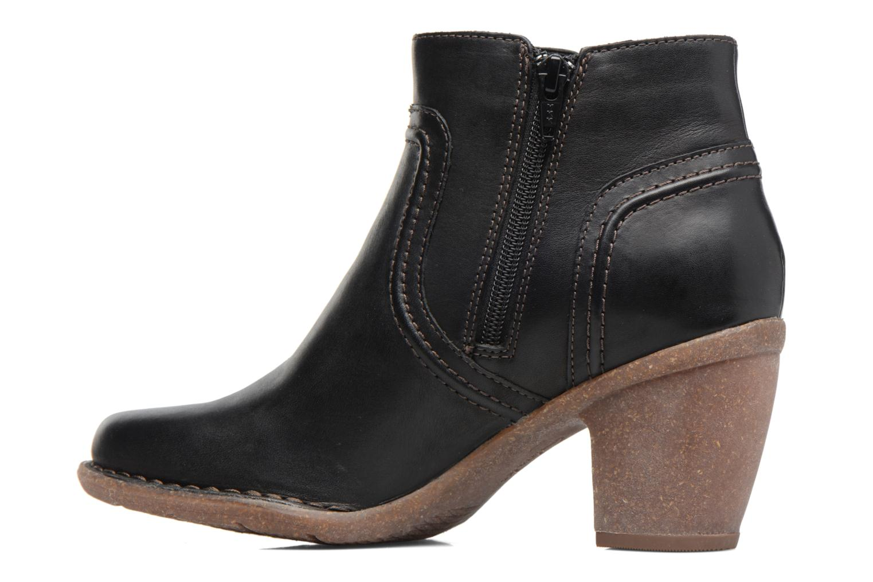 Carleta Paris Black leather