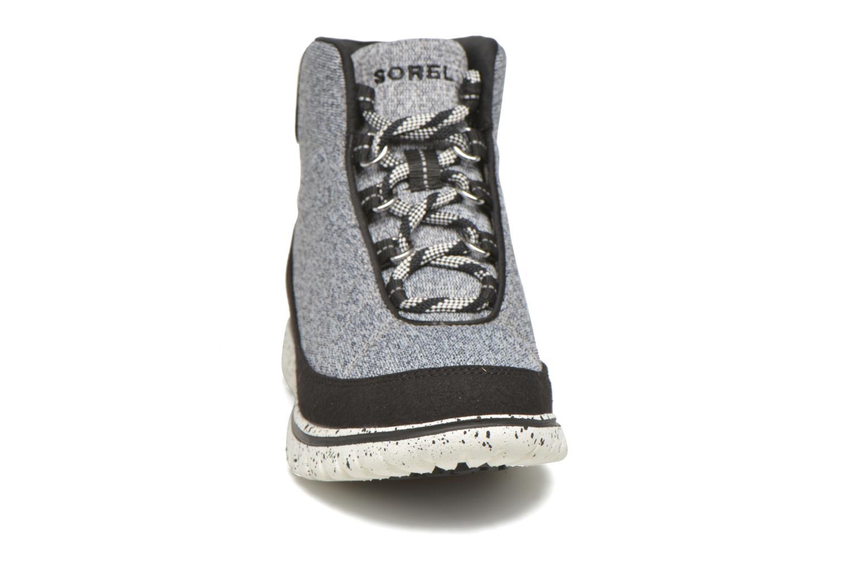 Baskets Sorel Tivoli Go High Gris vue portées chaussures