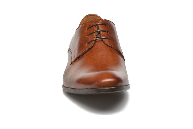 Schnürschuhe Marvin&Co Nailsworth braun schuhe getragen