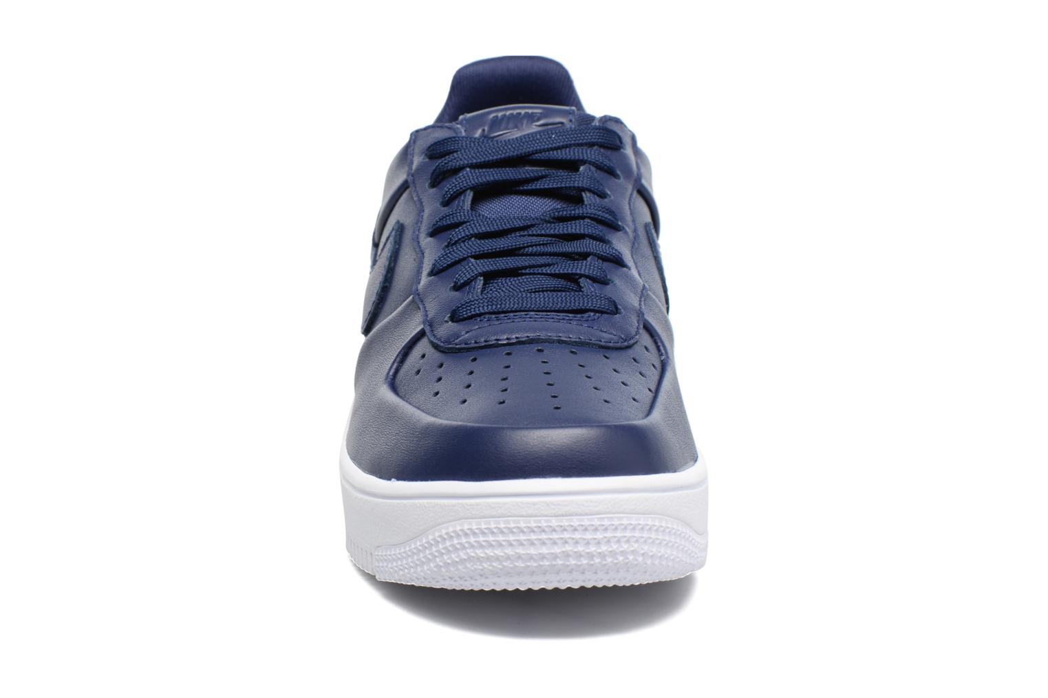 Trainers Nike Air Force 1 Ultraforce Lthr Blue model view